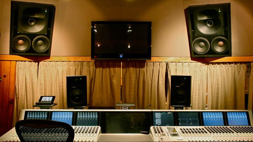StudioBStraight960x540